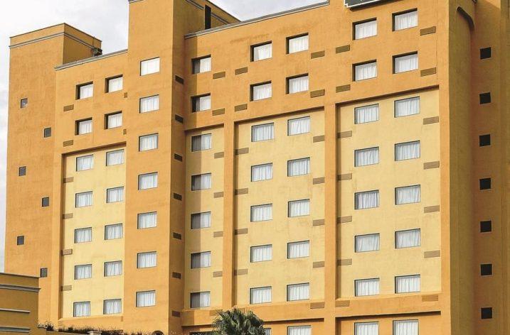 Edifican hotel La Quinta Inn en Apodaca