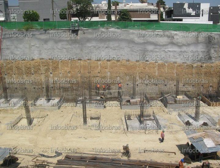 Construyen desarrollo comercial en SP