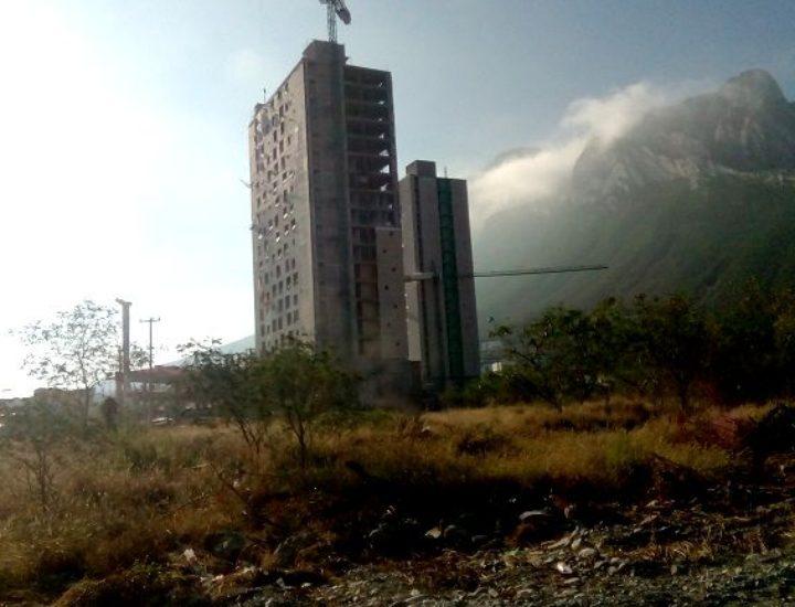 Aceleran construcción de 280 departamentos