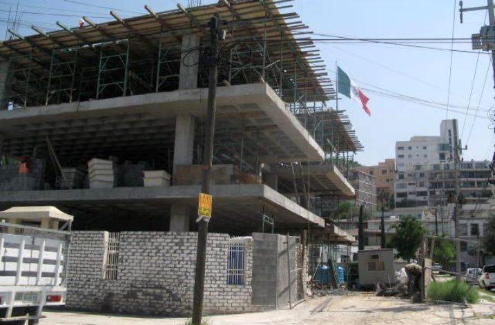 Edifican desarrollo de 18 oficinas