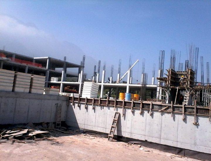 Construyen centro comercial de 25 mil m2