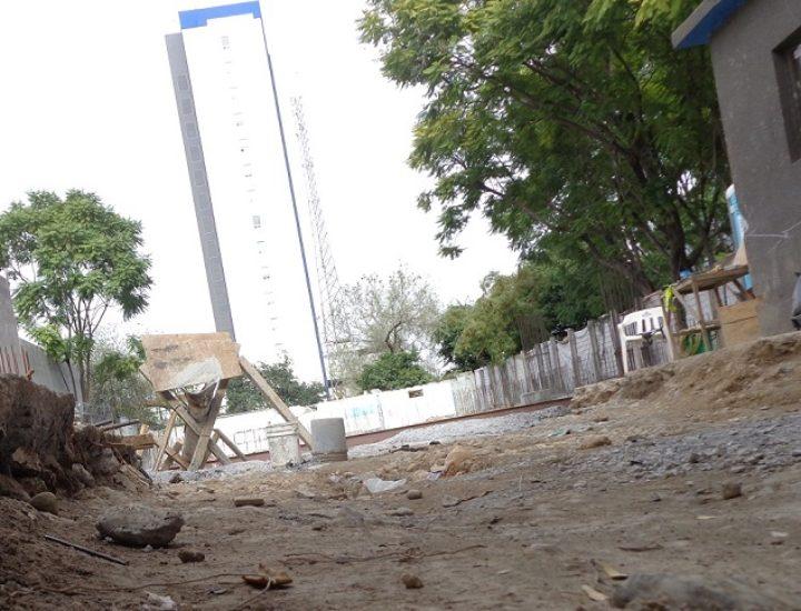 Avanza cimentación de edificio de uso múltiple