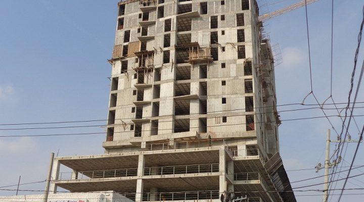 Adelantan construcción de condominio residencial