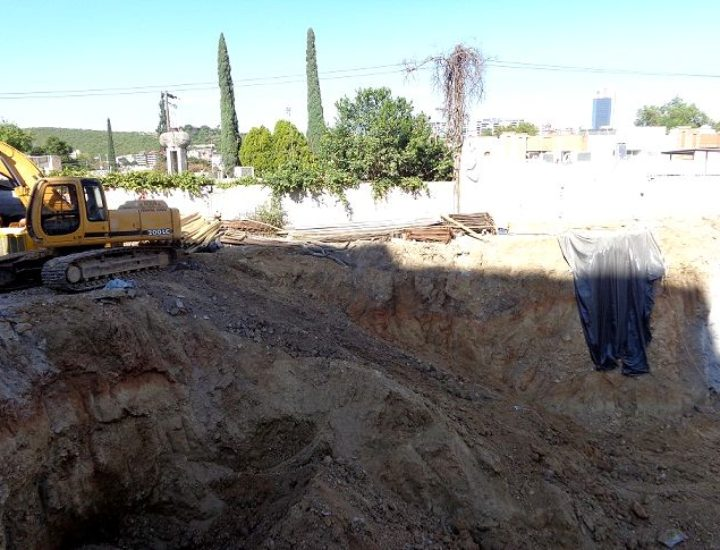 Inicia excavación para edificar plaza de 7 niveles