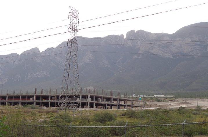 Levantan primer edificio de megadesarrollo mixto