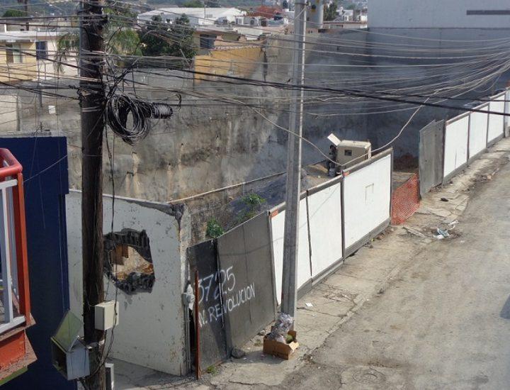 Inicia construcción de sótanos plaza de 4 niveles