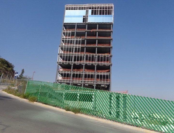 Instalan estructura en edificio de 10 mil 900 m2