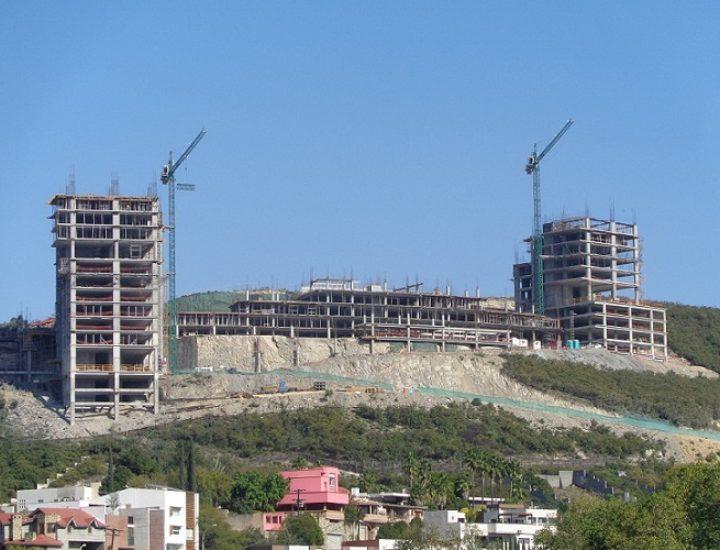 Avanza construcción de complejo de 250 mdp