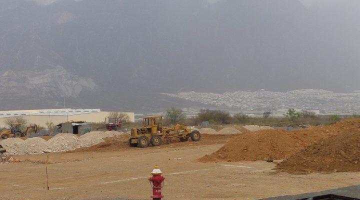 Reactivan edificación de agencia; alistan trabajos de excavación
