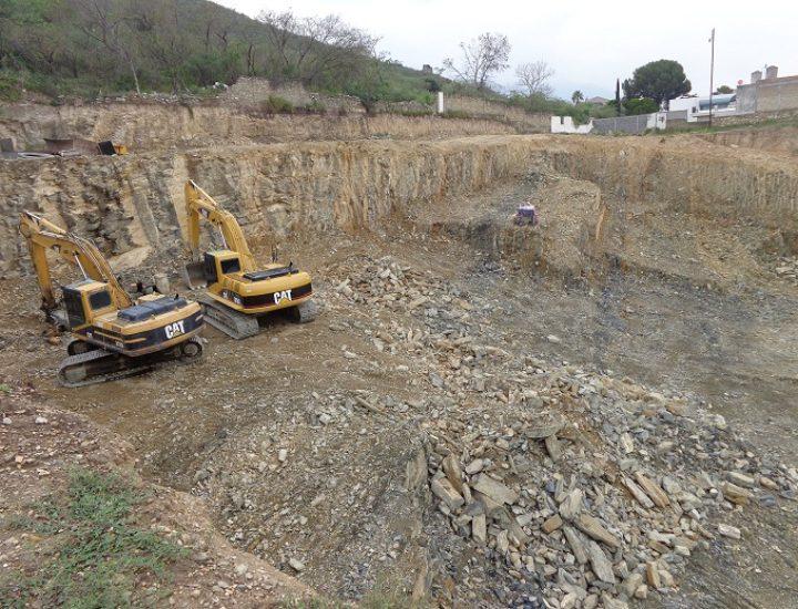 Inicia construcción de complejo comercial de 4 mil m2