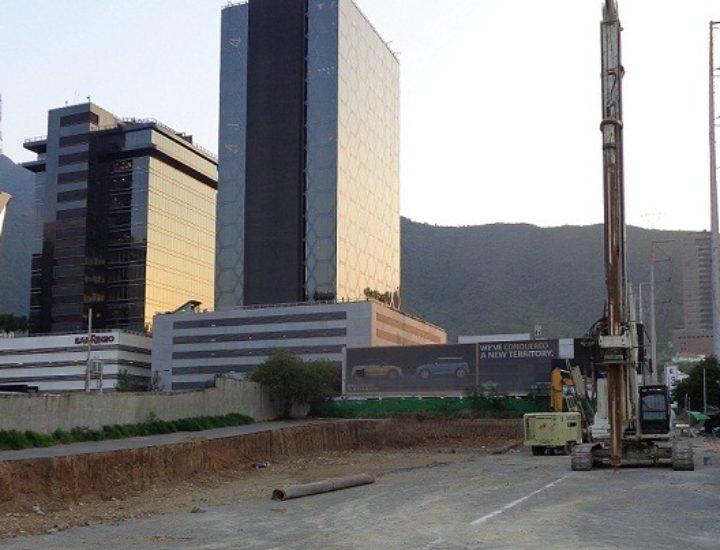 Vuelve actividad en proyecto de torre de 40 niveles en Valle Oriente