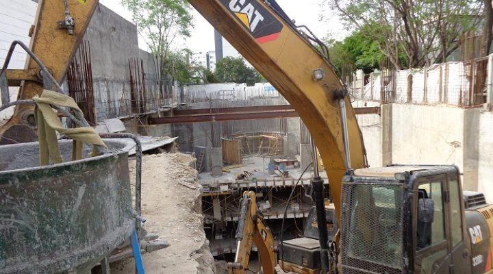 Construyen sótanos de usos mixtos en San Jerónimo