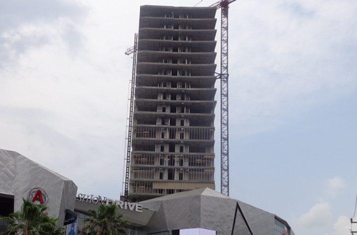 Finaliza estructura de hotel Real Inn en Lázaro Cárdenas