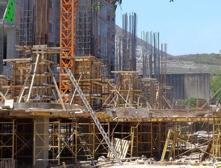 Inicia estructura de proyecto vertical de lujo en Santa María