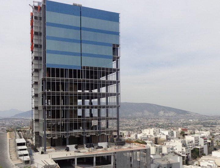 Reactivan construcción de oficinas en San Jerónimo