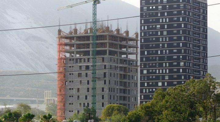 Construyen niveles superiores de condominio en SM