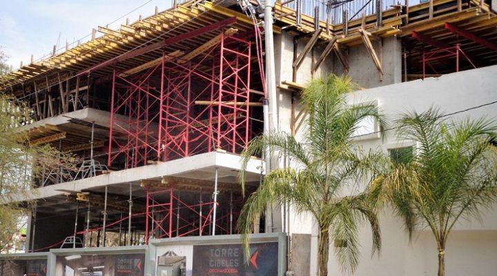 Despunta torre corporativa en Lázaro Cárdenas
