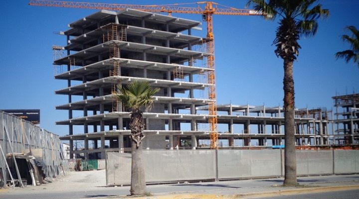 Crece estructura de Nave01 en Av. Miguel Alemán