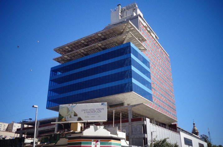 Instalan fachada de torre de uso múltiple en Ocampo