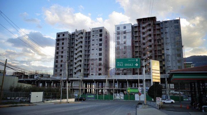 Avanza construcción de complejo mixto en Santa María
