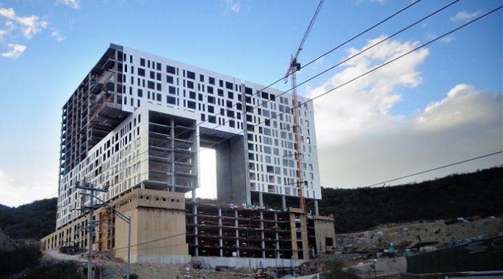Inicia fase de acabados torre de Legorreta + Legorreta