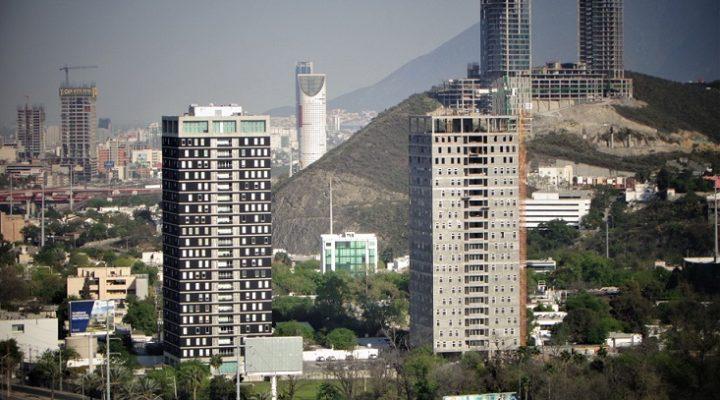 Llega a última fase torre de 'depas' en Díaz Ordaz
