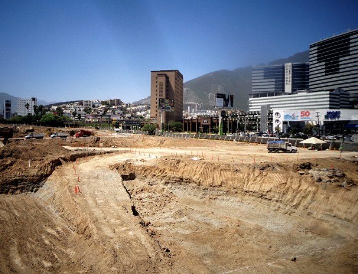 Arrancan obras de ampliación de complejo comercial