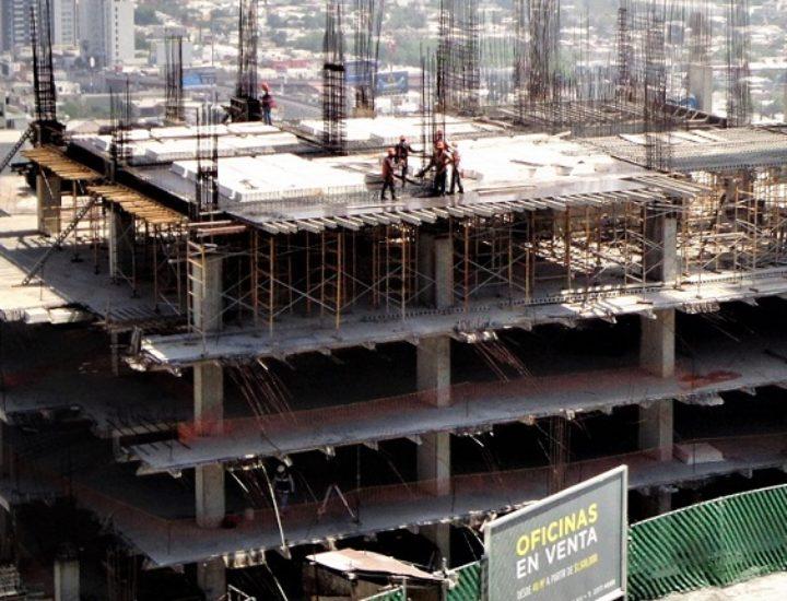 Reinicia obra mixta de 13 niveles en San Jerónimo