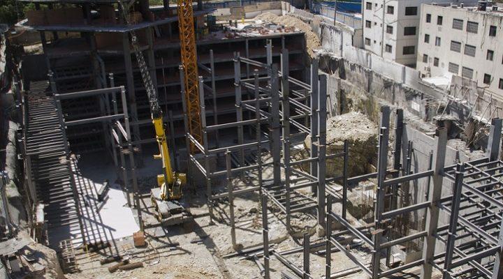 Avanza construcción de complejo mixto de 50 mil m2