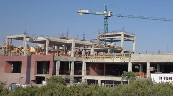 Avanza estructura de recinto multiusos de 90 mil m2