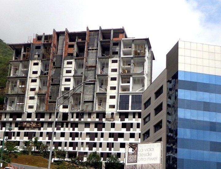 Llega al 85% de avance torre habitacional en VO