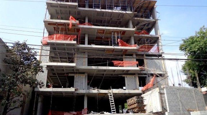 Levantan edificio de 9 niveles en SP; alcanza 50% de avance