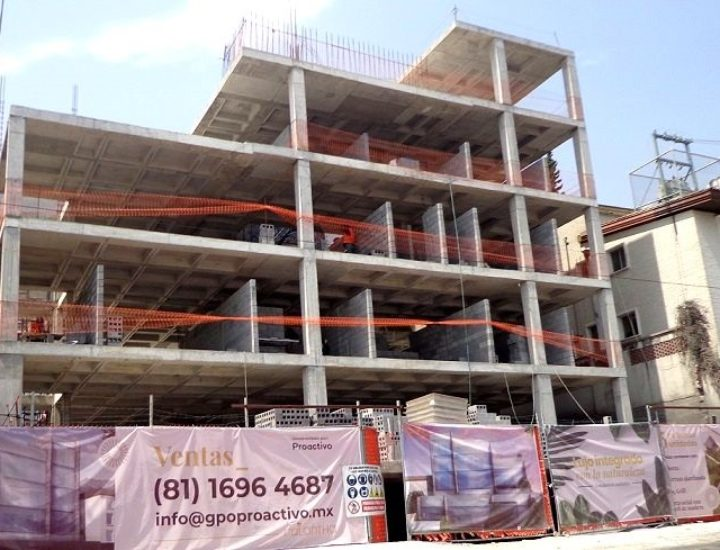 Finaliza estructura de edificio 'boutique' en Av. Roberto G. Sada