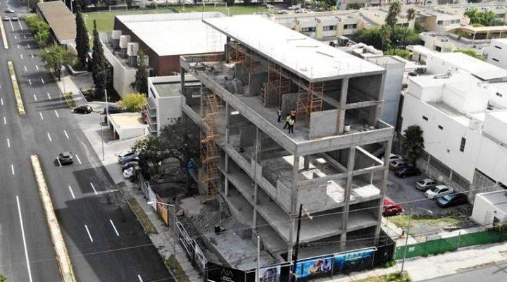 Arranca fase de acabados plaza en zona Obispado