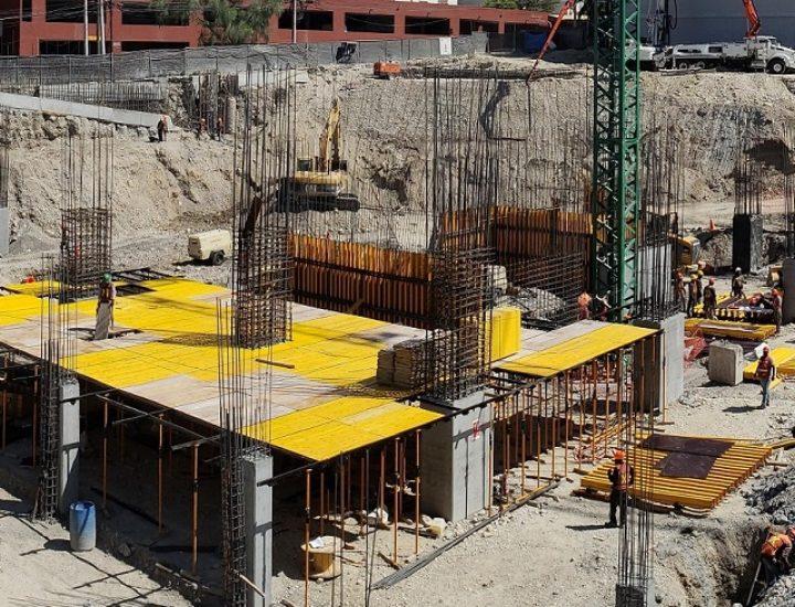 Inicia estructura de rascacielos en Av. Morones Prieto