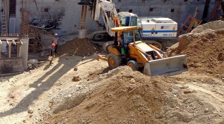 Preparan despegue de torre de 'depas' en Mitras Centro