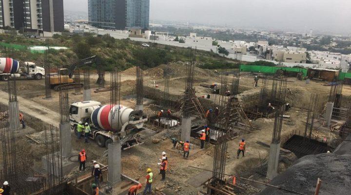 Arranca cimentación de torre de 'depas' en Valle Poniente