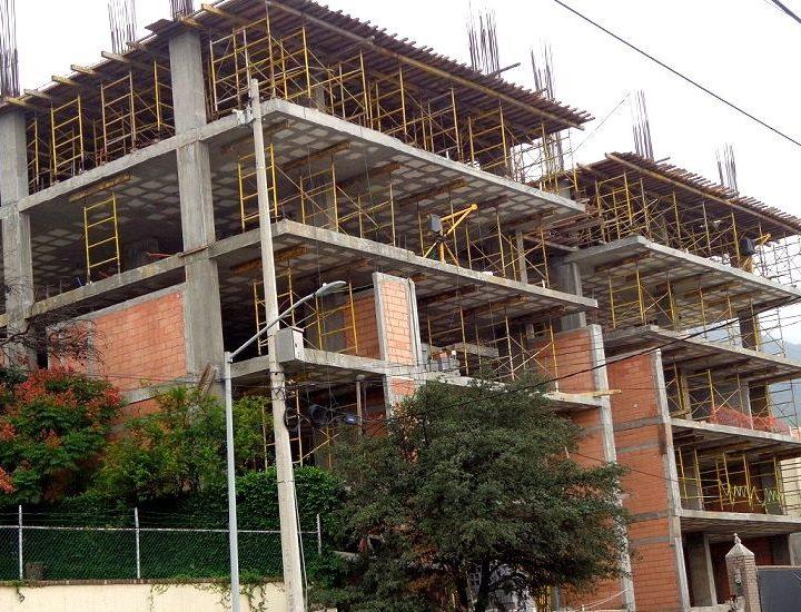 Alcanza 50% de avance torre 'premium' en San Pedro