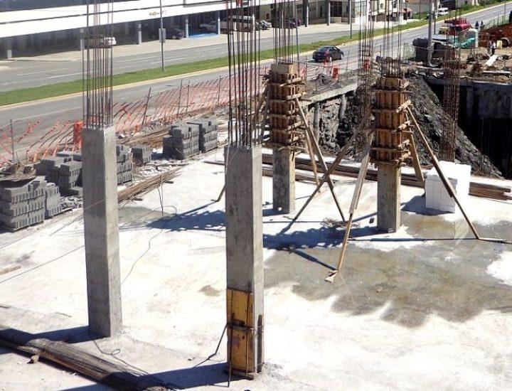 Alcanza nivel de suelo torre de 12 pisos en Valle Oriente
