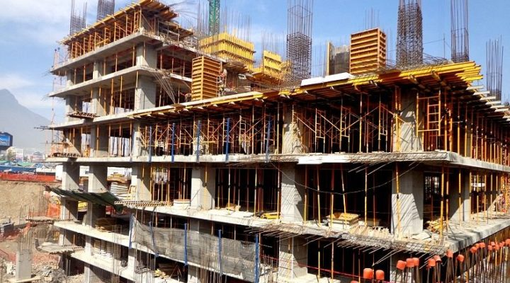 Emergen primeras losas de rascacielos de 48 pisos; invierten $2 mil mdp