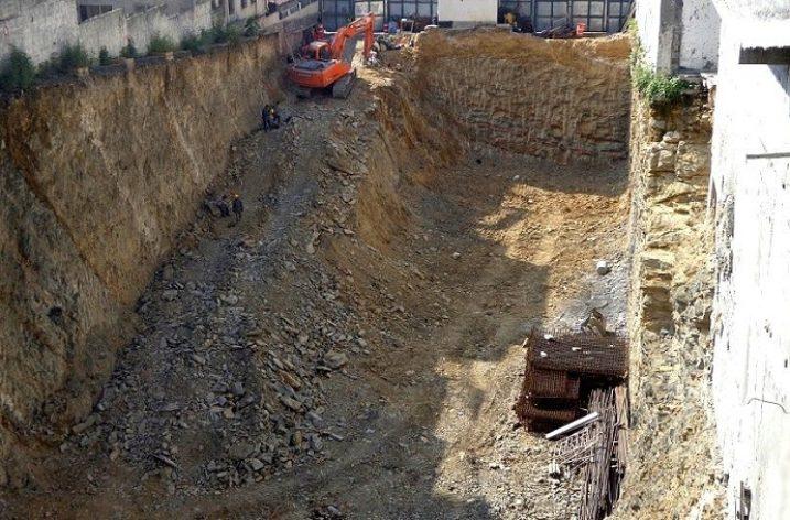 Alistan cimentación de torre de oficinas en zona Obispado