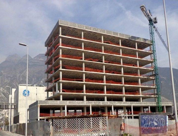Concluye estructura de edificio en SP; inicia nueva etapa
