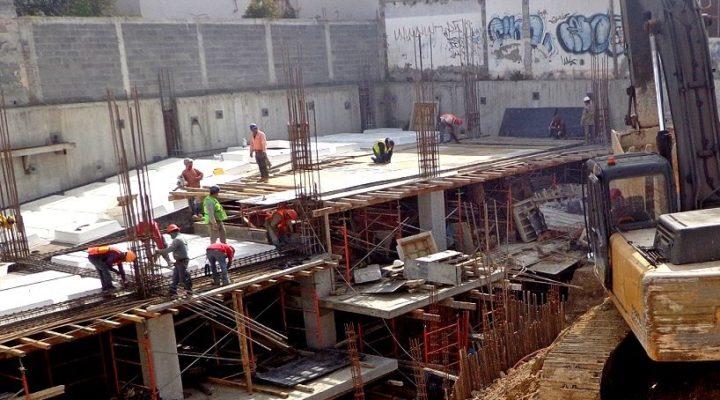 Levantan edificio 'multiusos' de 7 mil m2 en zona Mitras