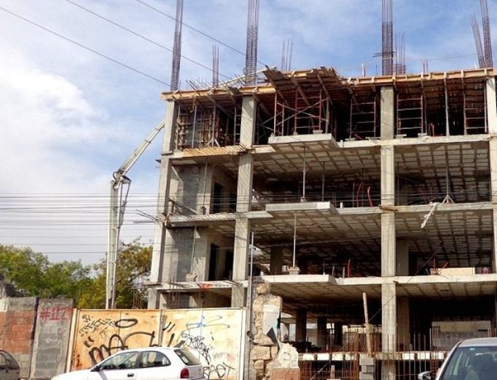 Levantan torre de 'depas' en la zona del Barrio Antiguo