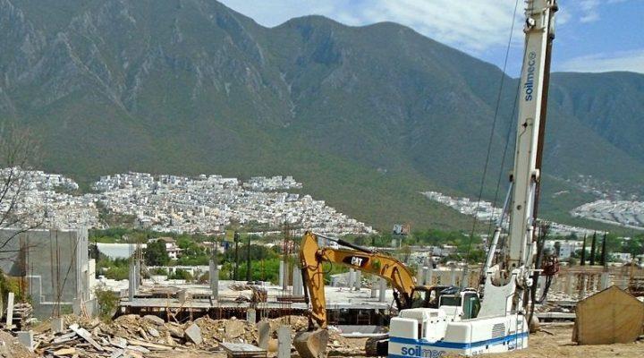 Edifican complejo de 'depas' y comercios en la zona Sur