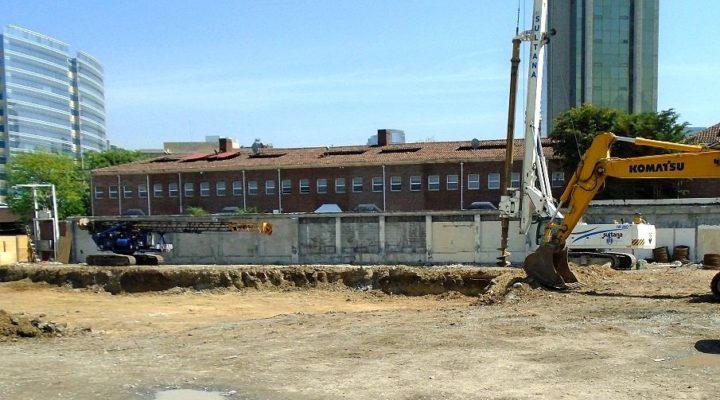 Arrancan obras de complejo comercial de 15 mil m2