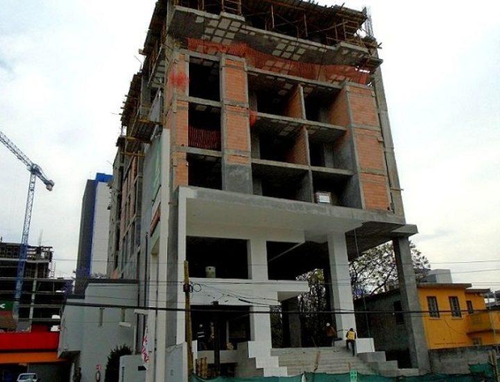 Avanza construcción de complejo mixto en San Jerónimo