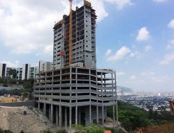 Llega al nivel 15 torre de 'depas' en la zona de San Jerónimo