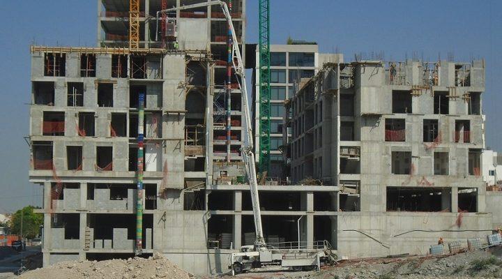 Alcanza nivel 7 torre de 'depas' en Valle Poniente