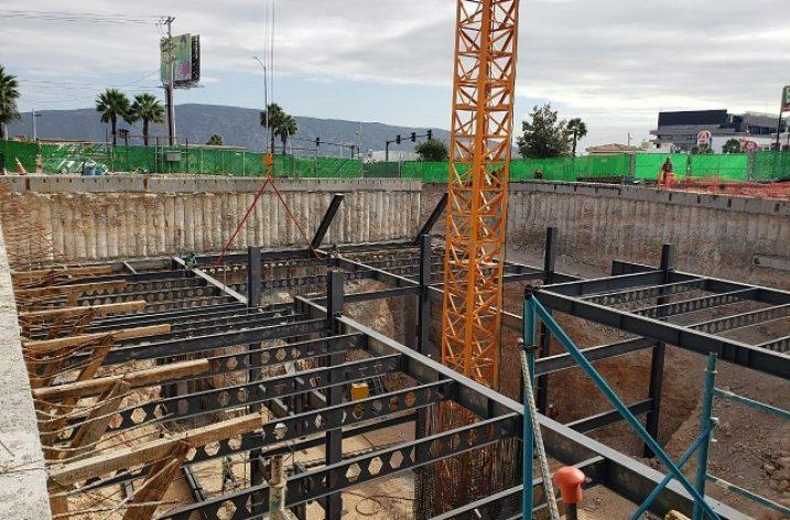 Inicia fase estructural de proyecto de oficinas en Leones